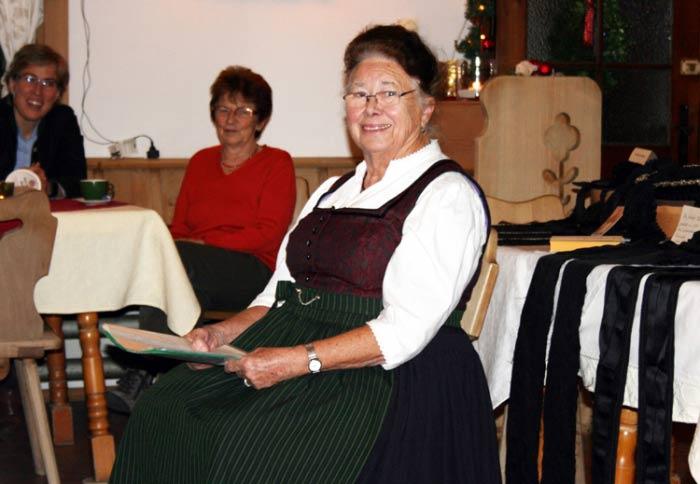 Röckefrauentreffen-griabinga-trachtenverein-aschau-07